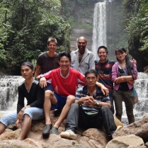 John Mathai & HOSCAP Borneo team at Sela'an Falls